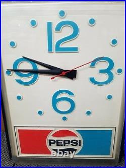 ORIGINAL PEPSI SIGN CLOCK VINTAGE 70s HUGE ADVERTISING 30X40 COMPLETE WORKING