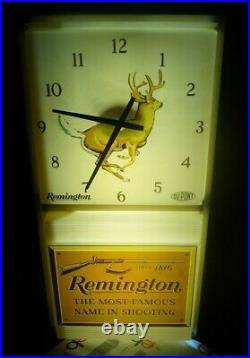 RARITY Vintage 1950s 60s Remington Hunting Gun Advertising Lighted Clock Sign