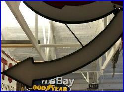 VinTagE WESTERN AUTO SIGN ARROW & HANGER Gas Oil DSP PORCELAIN SIGN Kansas City