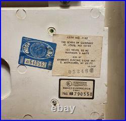 Vintage 7 -Up Light Up Advertising Sign Clock / Menu Board