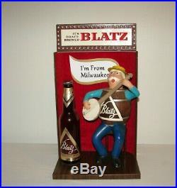 Vintage Blatz Beer Keg Barrel Man Banjo Back Bar Advertising Sign