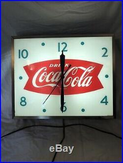 Vintage Swihart 1960s Coca Cola Fishtail Soda 15Lighted Clock Beautiful Cond